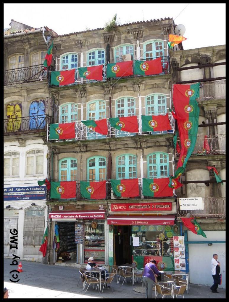 21.07.14 Porto Haus Flaggen