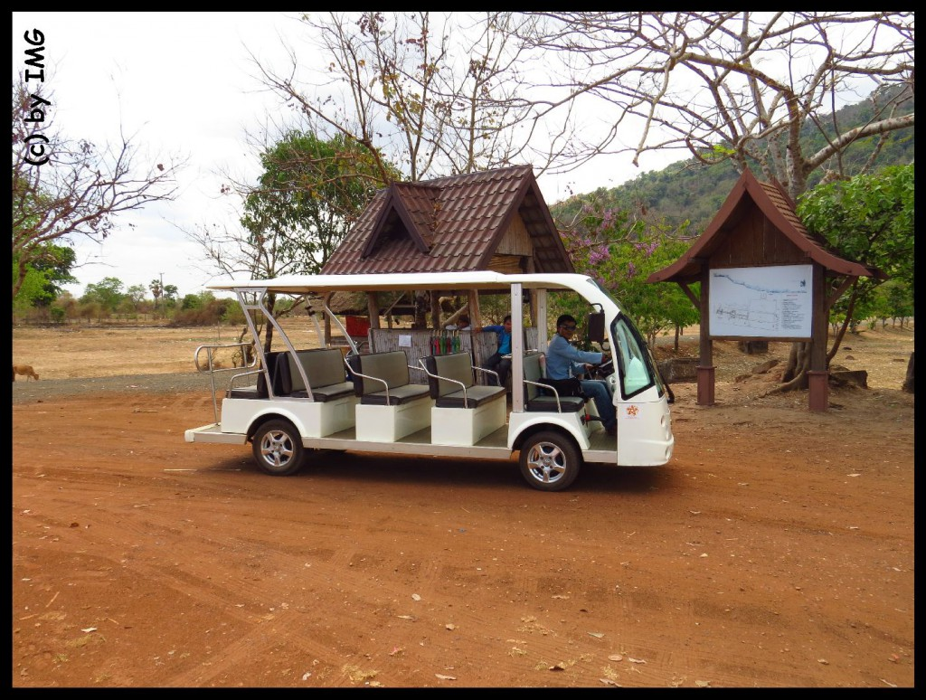 26.07.14 Golfwagen Vat Phou