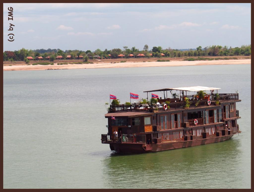 26.07.14 Schiff Mekong