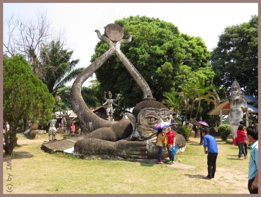 11.10.14 Buddha Park 4