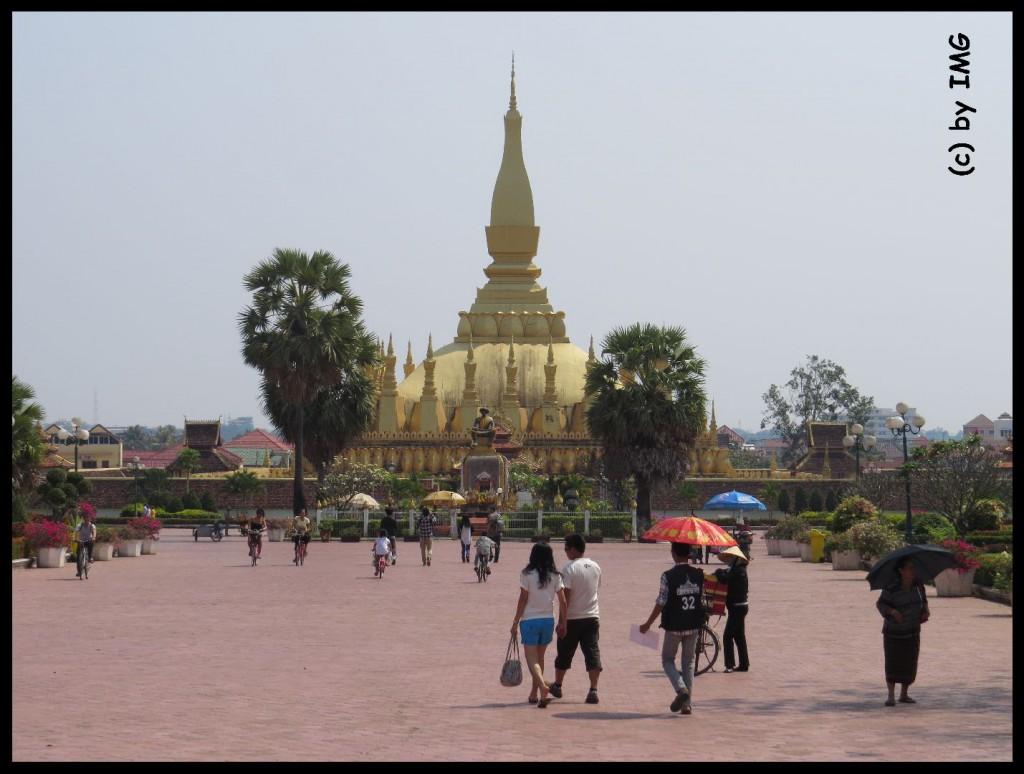 11.10.14 That Luang 1
