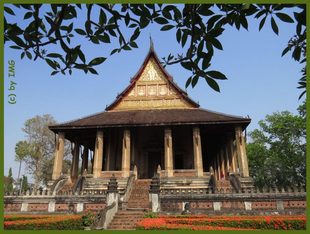 11.10.14 Vat Phra Keo VTE