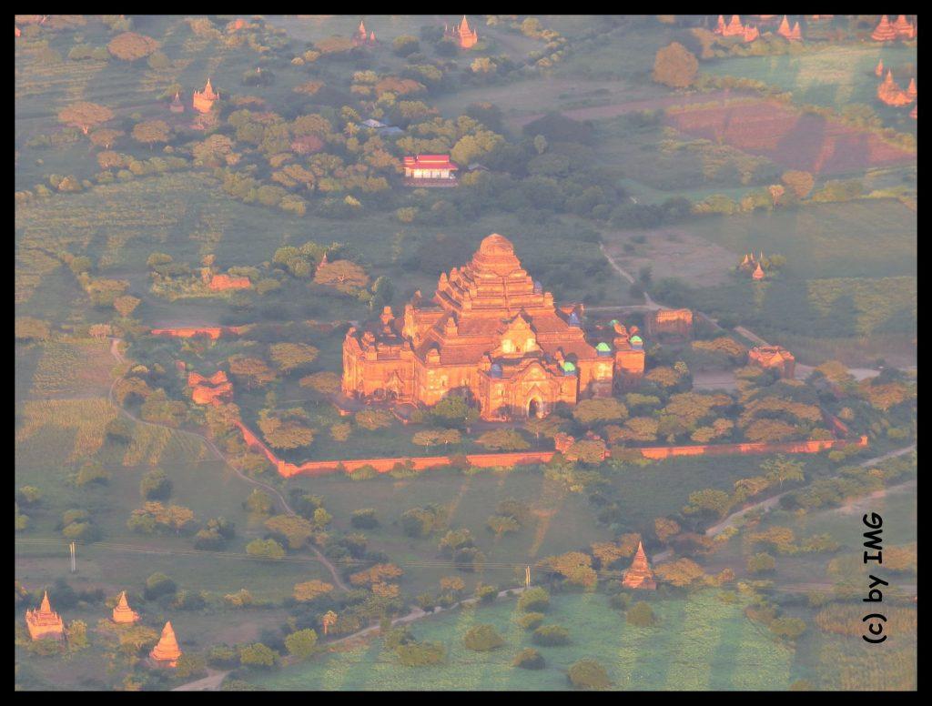 Ballons Ballons Bagan Pagan Myanmar Burma